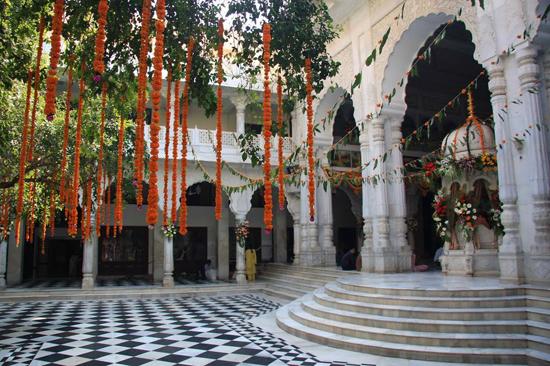 ISKCON Temple (Sri Sri Radha Rasabihari ji Temple)