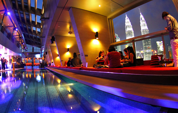 Traders Hotel SkyBar in KL